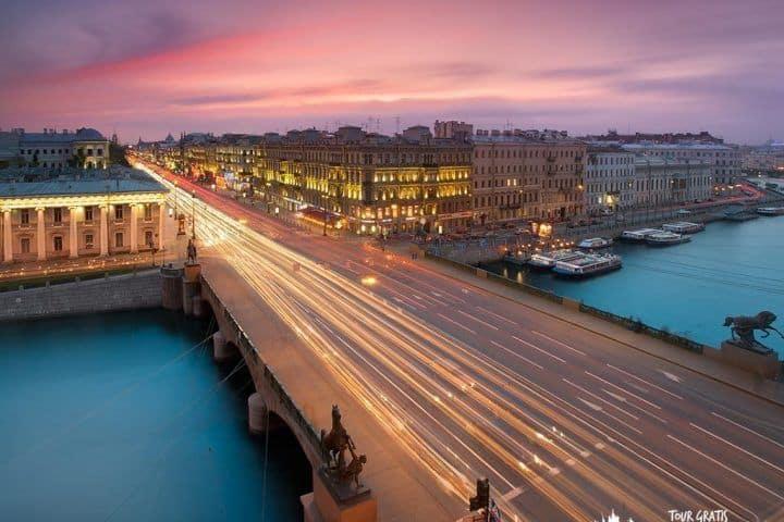 56-El-Puente-de-Anichkov
