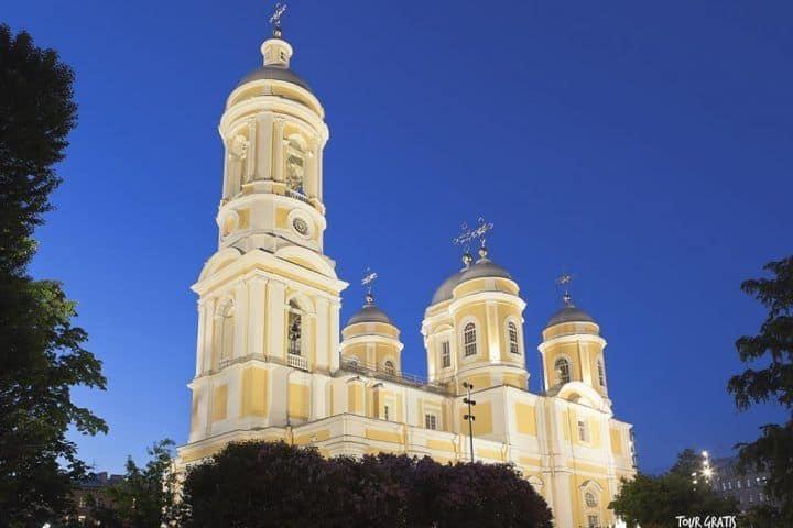 Catedral-del-Príncipe-Vladimir-en-San-Petersburgo-rusia