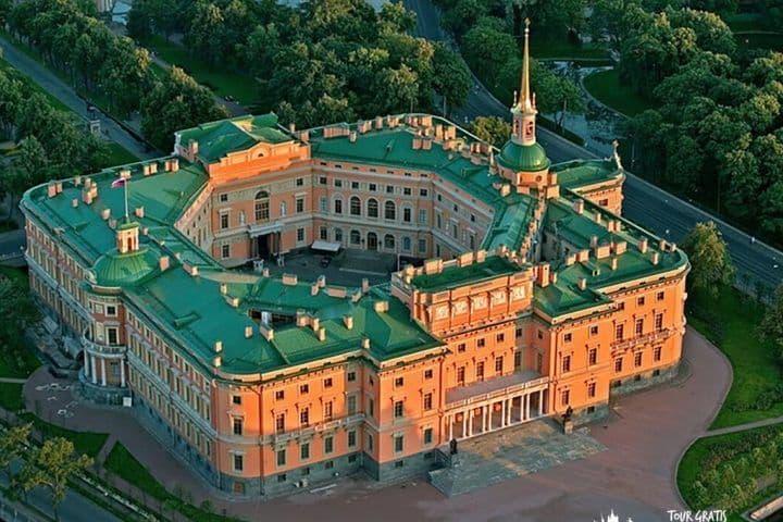 El-Castillo-Mijailovski-san-petersburgo