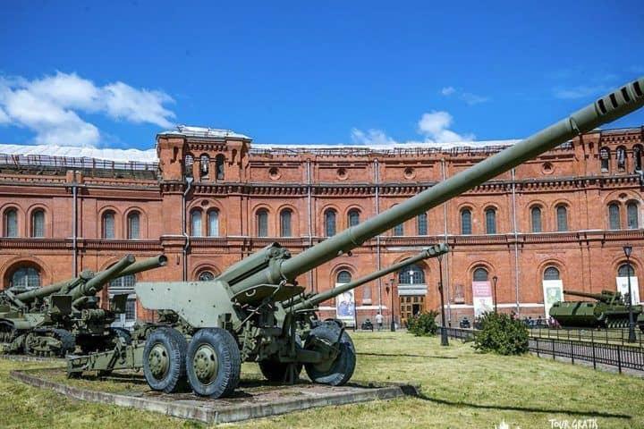 El-Museo-de-Artillería-de-San-Petersburgo-1-4