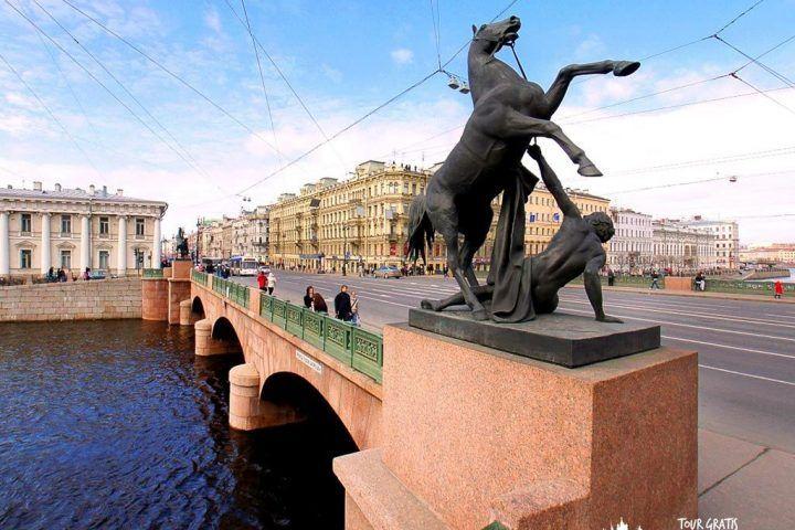 El-Puente-de-Anichkov