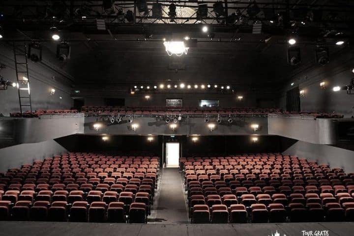 El-Teatro-de-Drama-Maly-en-San-Petersburgo-interior
