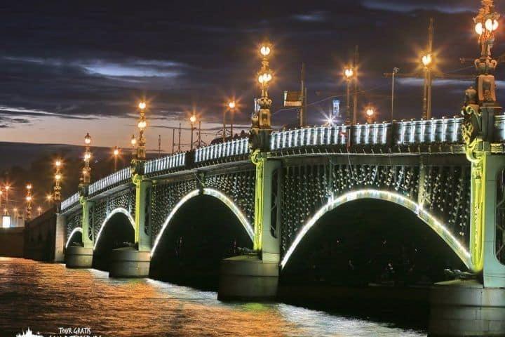 El-puente-Troitskiy-2