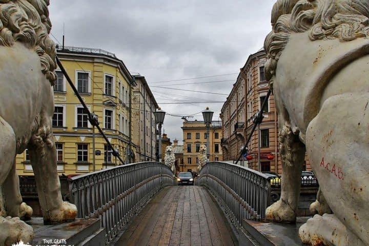 El-puente-de-los-leones