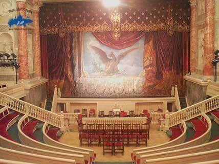 Conocer los teatros de San Petersburgo; Recorrer los teatros de San Petersburgo; Que teatros visitar en San Petersburgo