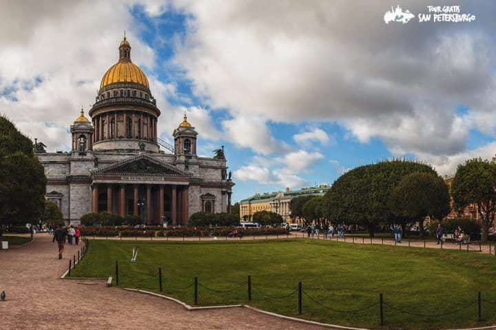 Excursión-en-la-Calle-Nevsky-Prospekt