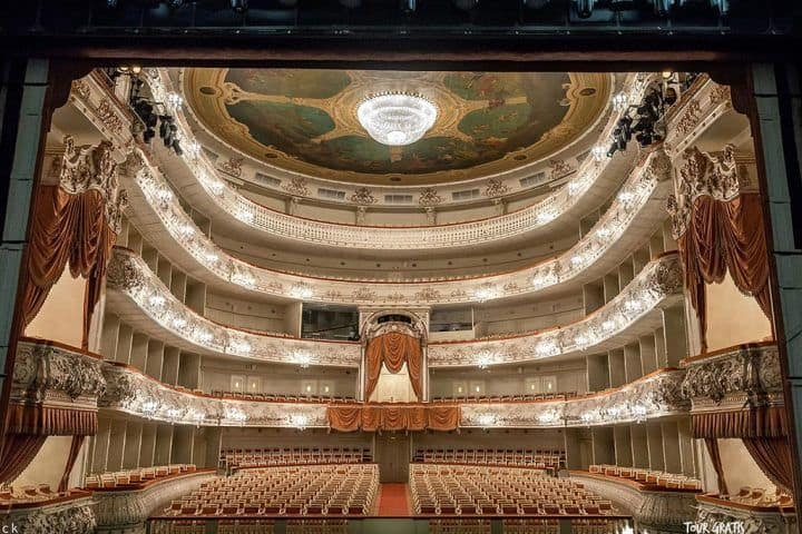 Teatro-Mijailovski-rusia