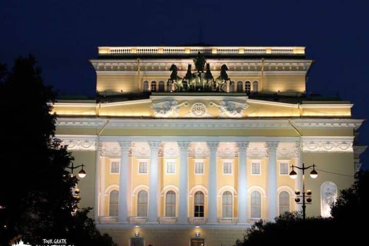 el-Teatro-Alexandrinski-de-San-Petersburgo