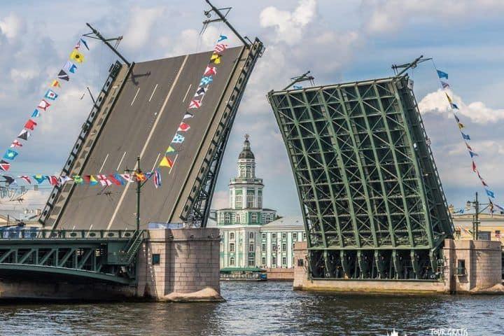 puente-palacio-san-petersburgo