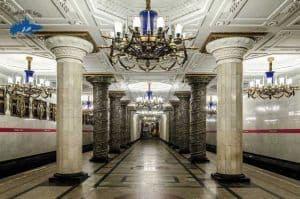 1 día para pasajeros de cruceros, Metro de San Petersburgo